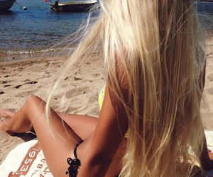 beach, girl, and blogger image