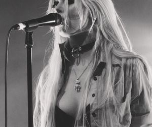 momsen, rock, and Taylor Momsen image