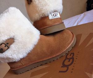 fashion, ugg, and shoes image