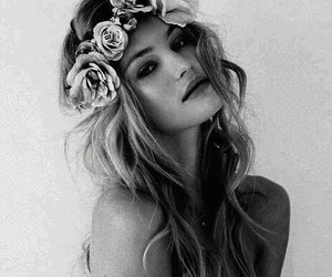 flower crown, Victoria's Secret, and candice swanepoel image