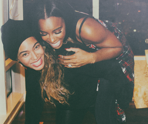 beyoncé, kelly rowland, and mrs carter image