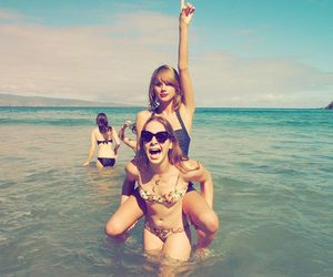 Taylor Swift, beach, and friends image