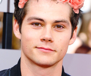 flowercrown and dylano'brien image