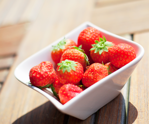 strawberry and red image