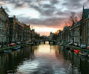amsterdam and place image