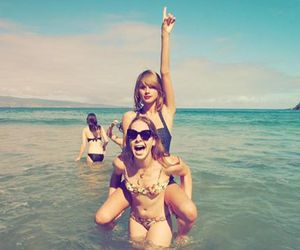 Taylor Swift and instagram image