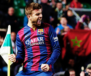 fc barcelona, gerard piqué, and spain nt image