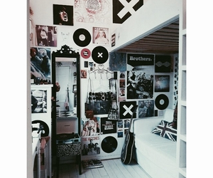 room and grunge image