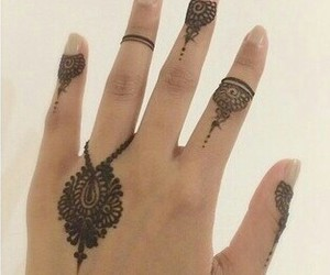 36 Images About Henna On We Heart It See More About Henna Tattoo