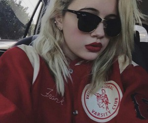 bea miller, bea, and red image