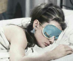 audrey hepburn, classic, and Breakfast at Tiffany's image
