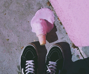 grunge, pink, and ice cream image