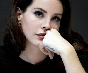 lana del rey, music, and Queen image