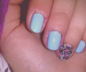 blue, bubles, and nails image