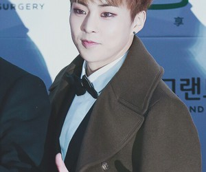 exo and xiumin image