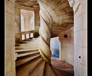 france and chambord castle image