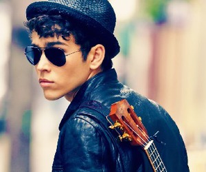 max schneider, Hot, and music image