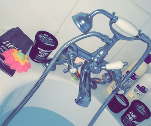 bath, lush, and royalty image