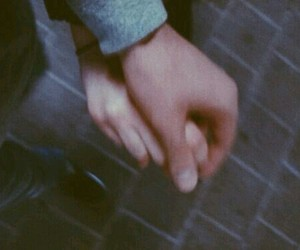 couple, grunge, and hand image