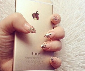 girl, hand, and glitter image