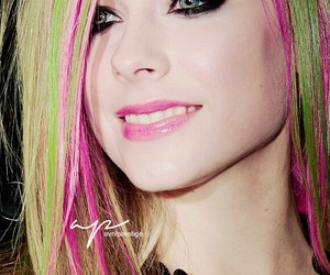 Avril Lavigne, beautiful, and smile image