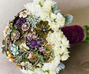 brooches image