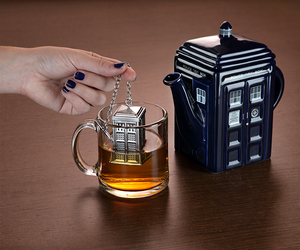 tea, doctor who, and tardis image
