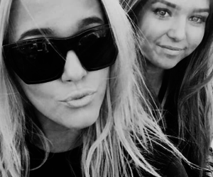 lottie, one direction, and tomlinson image
