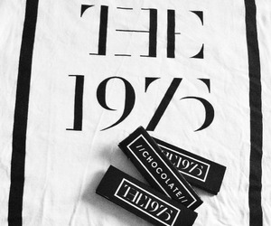 the 1975 and chocolate image