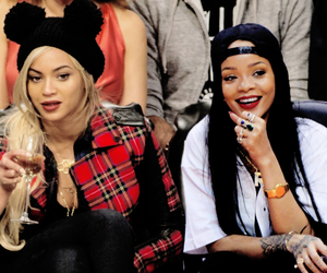 rihanna, beyoncé, and Queen image
