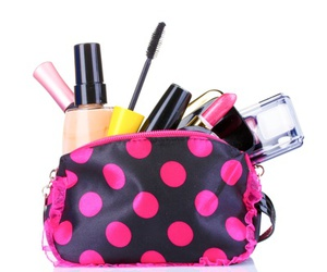 makeup bag image