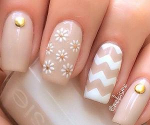 beautiful, pattern, and gold image