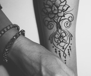 fashion, henna, and indian image