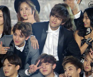 Chen, exo, and v image