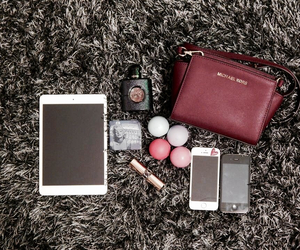 eos, iphone, and Marilyn Monroe image