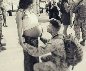 love, pregnant, and couple image