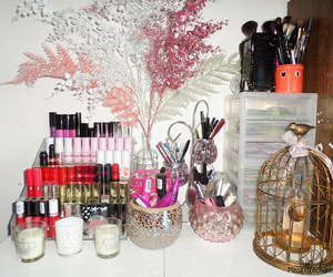 blogger, cosmetic, and decor image