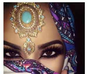 make up and arabian eyes image