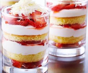 shortcake and strawberry image