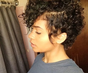 curly and short hair image