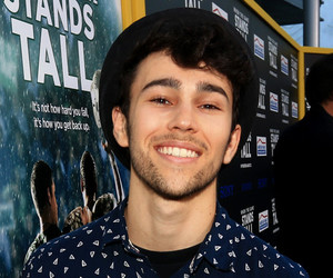 beard, handsome, and max schneider image