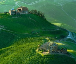 fields, green, and italy image