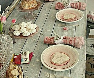 party and table setting image
