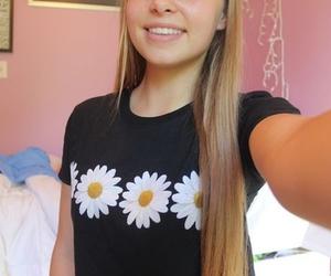 tumblr, daisy, and tumblr girl image