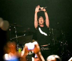 bastille concert, triangle hand love, and fan love by dan smith image