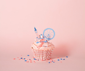 pink, cupcake, and london image
