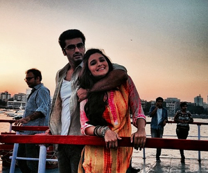 bollywood, couple, and lovestory image