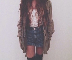 clothes, autumm, and girl image