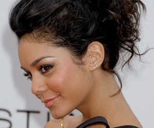 hair, hairstyle, and vanessa hudgens image