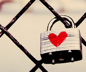 heart lock image